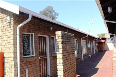 Middedorp property for sale. Ref No: 13392245. Picture no 1