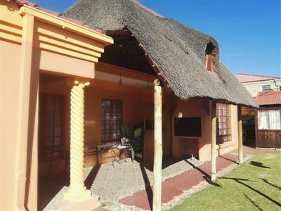 Bloemfontein, Vista Park Property  | Houses For Sale Vista Park, Vista Park, House 3 bedrooms property for sale Price:1,390,000
