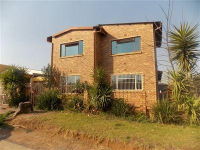 Eldorado Park & Ext property for sale. Ref No: 13360303. Picture no 1