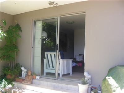 Green Point property to rent. Ref No: 13360912. Picture no 6