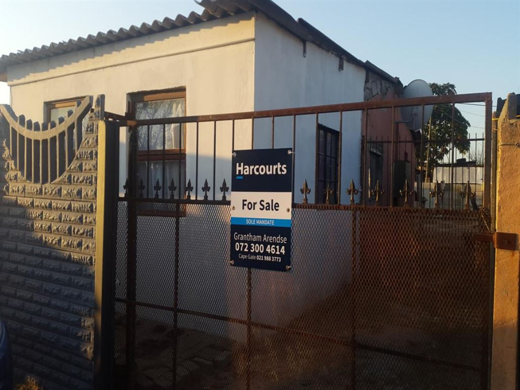Property in Scottsdene, Kraaifontein