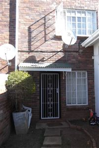 Grahamstown property to rent. Ref No: 13368248. Picture no 1