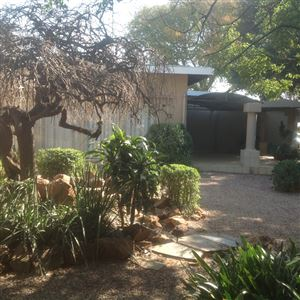 Kameeldrift East property for sale. Ref No: 13361904. Picture no 2