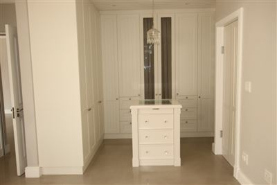 Jamestown property to rent. Ref No: 13362179. Picture no 12