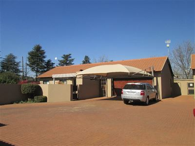 Raslouw Gardens property for sale. Ref No: 13362959. Picture no 1