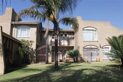 Die Heuwel & Ext property for sale. Ref No: 13363558. Picture no 1