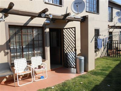 Roodepoort, Roodepoort West & Ext Property  | Houses For Sale Roodepoort West & Ext, Roodepoort West & Ext, Townhouse 2 bedrooms property for sale Price:390,000