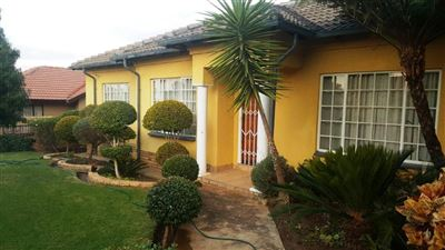 Tlhabane West property for sale. Ref No: 13364785. Picture no 1