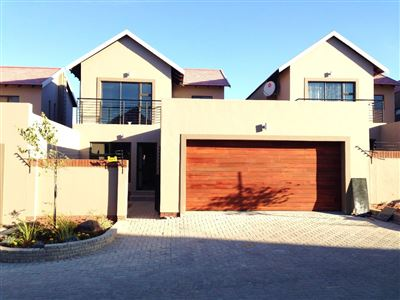 Bloemfontein, Wild Olive Estate Property  | Houses For Sale Wild Olive Estate, Wild Olive Estate, Townhouse 3 bedrooms property for sale Price:1,660,000