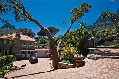 Camps Bay property to rent. Ref No: 13364959. Picture no 2