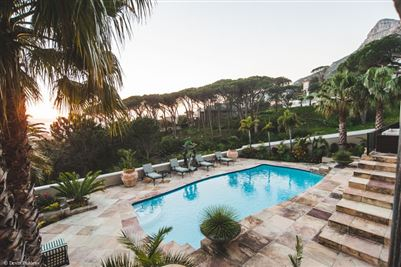 Camps Bay property to rent. Ref No: 13364959. Picture no 1