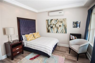 Camps Bay property to rent. Ref No: 13364959. Picture no 17