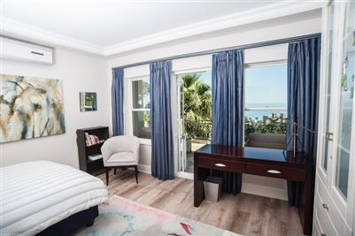 Camps Bay property to rent. Ref No: 13364959. Picture no 18