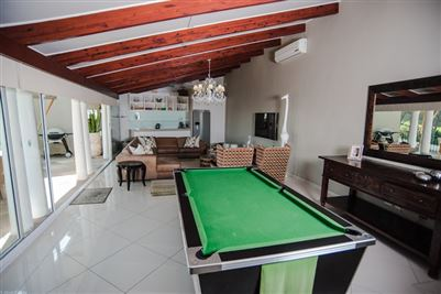 Camps Bay property to rent. Ref No: 13364959. Picture no 12