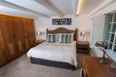Camps Bay property to rent. Ref No: 13364959. Picture no 22
