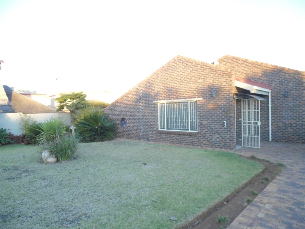 Well maintained home in SE3, Vanderbijlpark