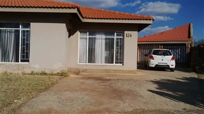 Welverdiend property for sale. Ref No: 13365041. Picture no 1