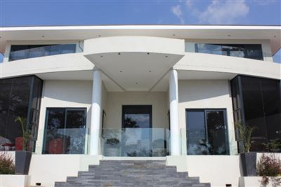 Property and Houses for sale in Waterkloof, House, 5 Bedrooms - ZAR 11,850,000