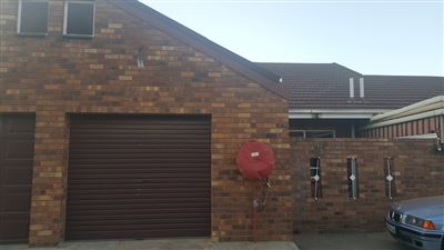 Klerksdorp, La Hoff Property  | Houses To Rent La Hoff, La Hoff, Townhouse 2 bedrooms property to rent Price:,  3,00*