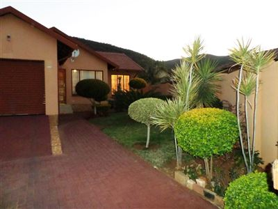 Tlhabane West property for sale. Ref No: 13365514. Picture no 1