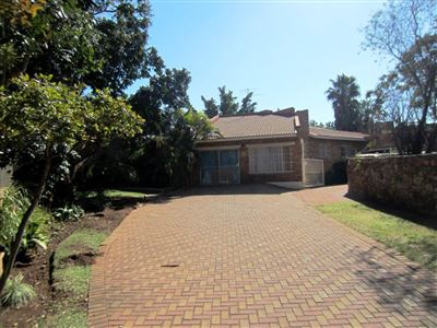 Rustenburg, Geelhoutpark & Ext Property  | Houses For Sale Geelhoutpark & Ext, Geelhoutpark & Ext, House 4 bedrooms property for sale Price:1,550,000