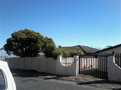 Johannesburg, Sophiatown Property  | Houses For Sale Sophiatown, Sophiatown, House 3 bedrooms property for sale Price:800,000