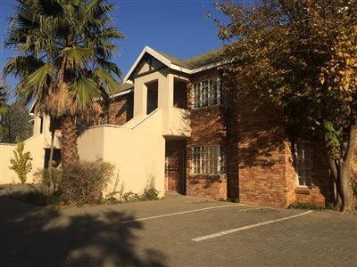 Willows property for sale. Ref No: 13366361. Picture no 1