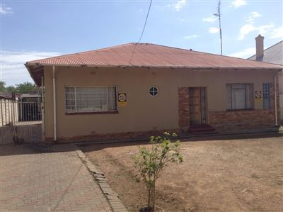 Bloemfontein, Hilton Property  | Houses For Sale Hilton, Hilton, House 3 bedrooms property for sale Price:650,000