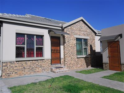 Witbank, Marelden Property  | Houses For Sale Marelden, Marelden, Townhouse 3 bedrooms property for sale Price:899,000