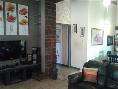 Witpoortjie & Ext property for sale. Ref No: 13366699. Picture no 30