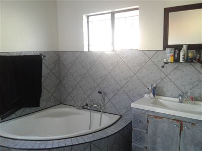Witpoortjie & Ext property for sale. Ref No: 13366699. Picture no 18
