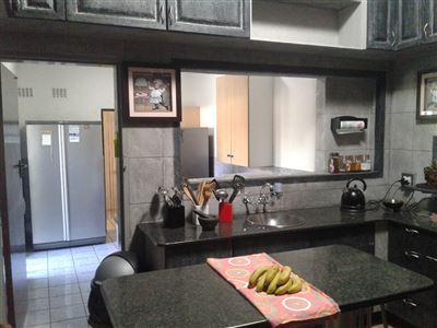 Witpoortjie & Ext property for sale. Ref No: 13366699. Picture no 6