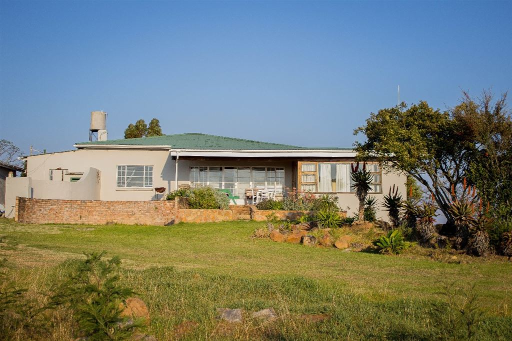 Main Farm House includes 4 self Catering units