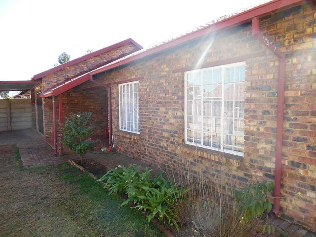 House For Sale In CE1, Vanderbijlpark