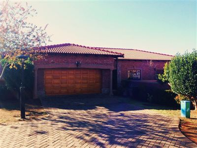 Bloemfontein, Dan Pienaar Property  | Houses For Sale Dan Pienaar, Dan Pienaar, Retirement Home 3 bedrooms property for sale Price:2,700,000