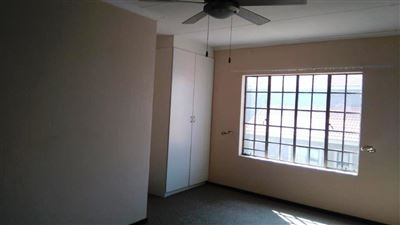 Waterkloof East property for sale. Ref No: 13367444. Picture no 21