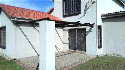Waterkloof East property for sale. Ref No: 13367444. Picture no 24
