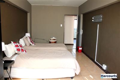 Mouille Point property to rent. Ref No: 13368501. Picture no 8