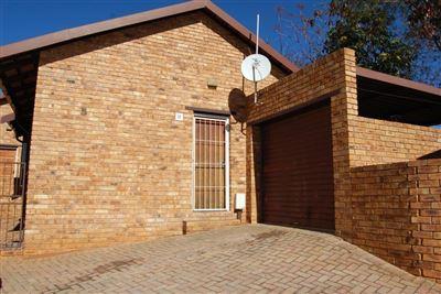 Rustenburg, Safari Gardens Property  | Houses To Rent Safari Gardens, Safari Gardens, Townhouse 2 bedrooms property to rent Price:,  5,00*