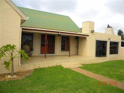 Joostenbergvlakte property for sale. Ref No: 13368205. Picture no 1