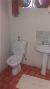 Grahamstown property to rent. Ref No: 13368263. Picture no 8