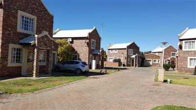 Klerksdorp, Doringkruin Property    Houses To Rent Doringkruin, Doringkruin, Townhouse 2 bedrooms property to rent Price:,  5,50*