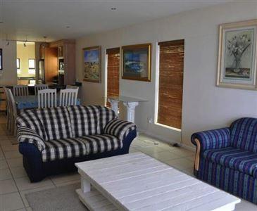 Calypso Beach property for sale. Ref No: 13387719. Picture no 10