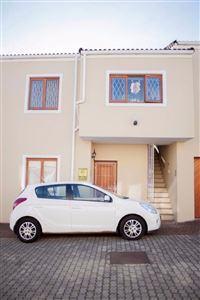 Grahamstown, Grahamstown Central Property    Houses For Sale Grahamstown Central, Grahamstown Central, Apartment 2 bedrooms property for sale Price:1,350,000
