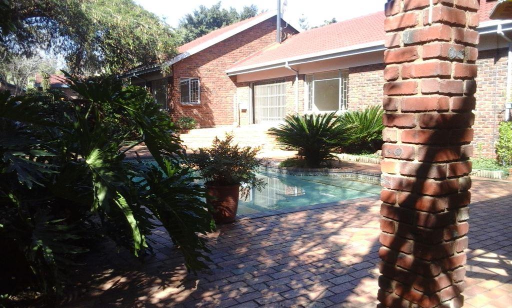 Next door to everything - Garsfontein