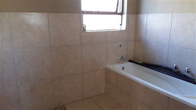 Wellway Park East property to rent. Ref No: 13370464. Picture no 16