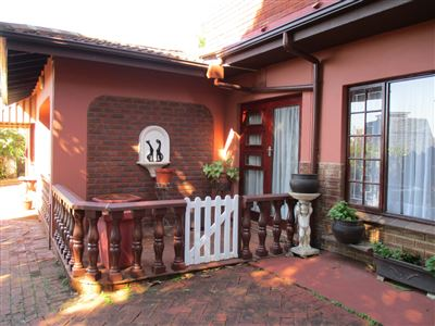 House for sale in Amanzimtoti
