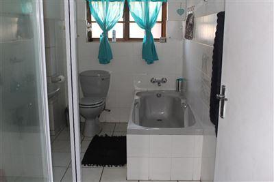Geelhoutpark & Ext property for sale. Ref No: 13370844. Picture no 9