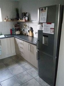 Burgundy Estate property to rent. Ref No: 13396893. Picture no 4