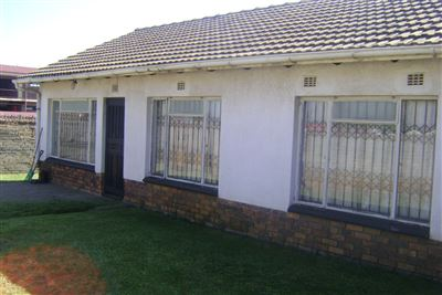 Pimville & Ext property for sale. Ref No: 13371926. Picture no 1